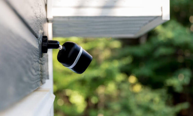 How Long Do Batteries Last On Wireless Security Cameras?
