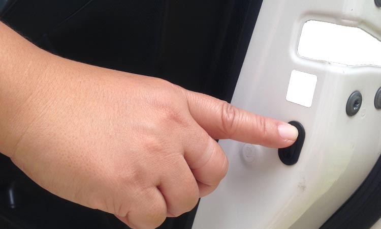 How To Check The Child Lock In The Car For Safety