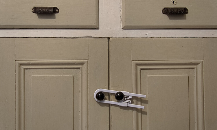 How To Install Baby Proof Cabinet Locks At Home
