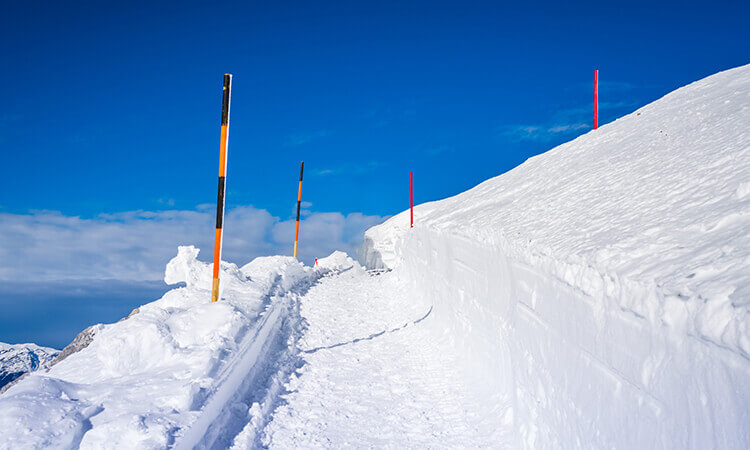 How To Install Driveway Markers For Snow Clearing