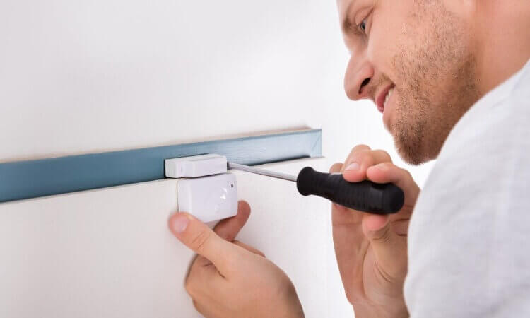 How To Make A Door Alarm With Household Items