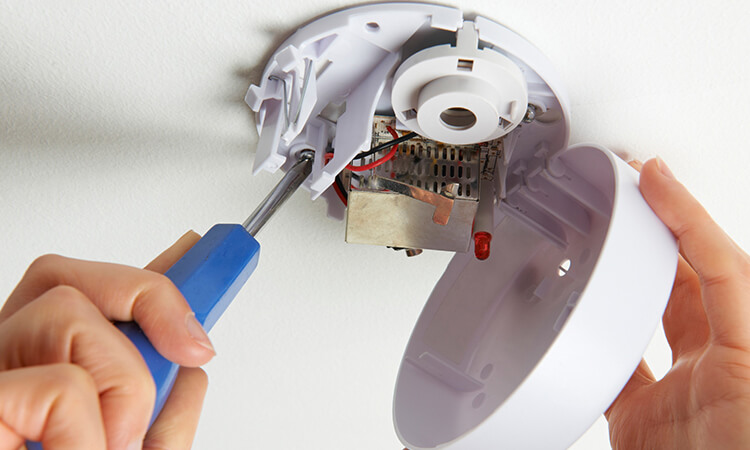 How To Reset Smoke Detectors For Maintenance