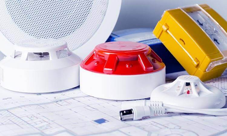 The 7 Best Batteries For Fire Alarms That Lasts Long