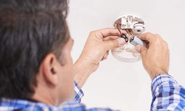 The 7 Best Batteries For Smoke Alarms That Last Long