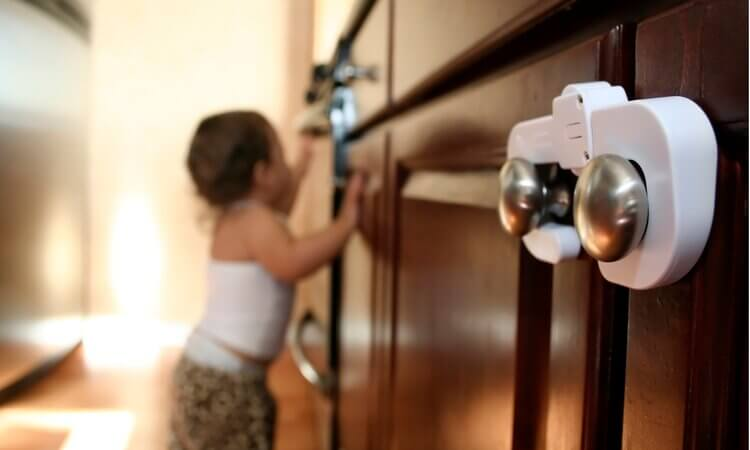 The-7-Best-Child-Safety-Door-Knob-Covers