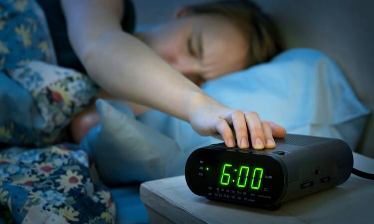 The 7 Best Dual Alarm Clock Radios With Battery Backup