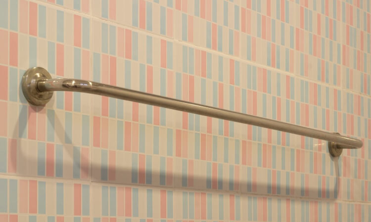 The 7 Best Grab Bars For Bathroom Use