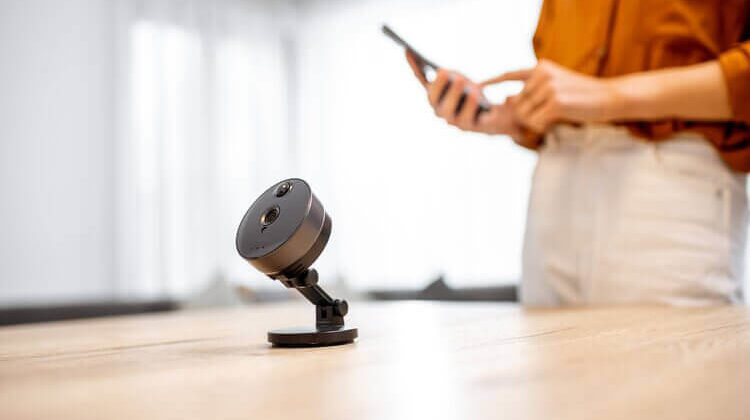 The 7 Best Indoor Cameras For Nanny Monitoring