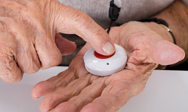The 7 Best Medical Alert Devices For Your Loved Ones