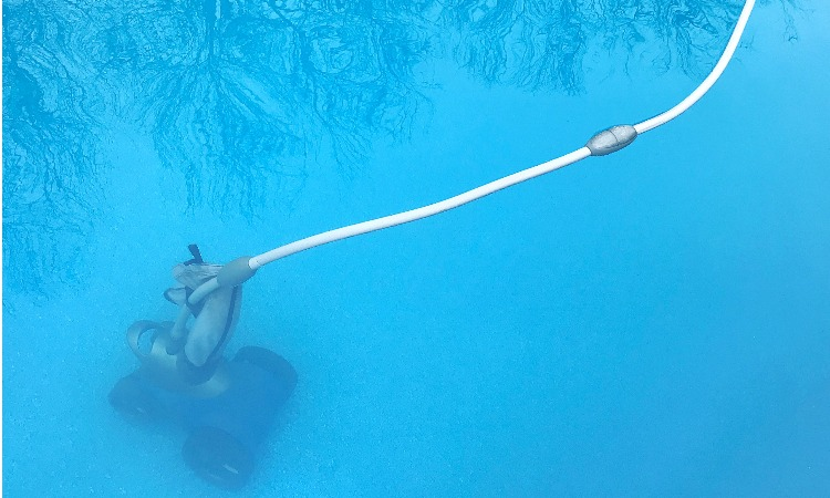 The 7 Best Pool Vacuum Robots For Clean Pools