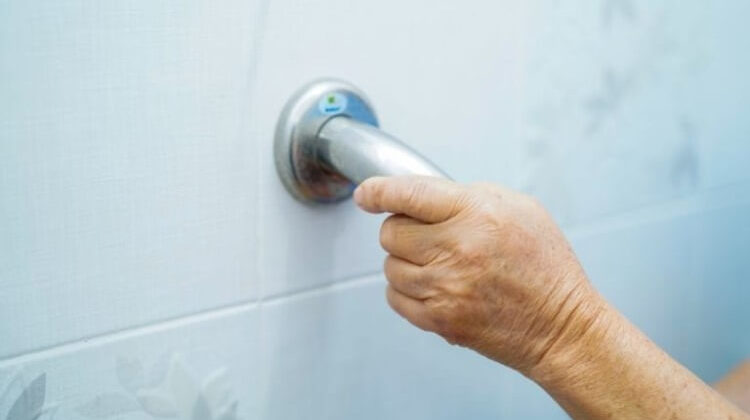 The 7 Best Suction Grab Bars For Showers