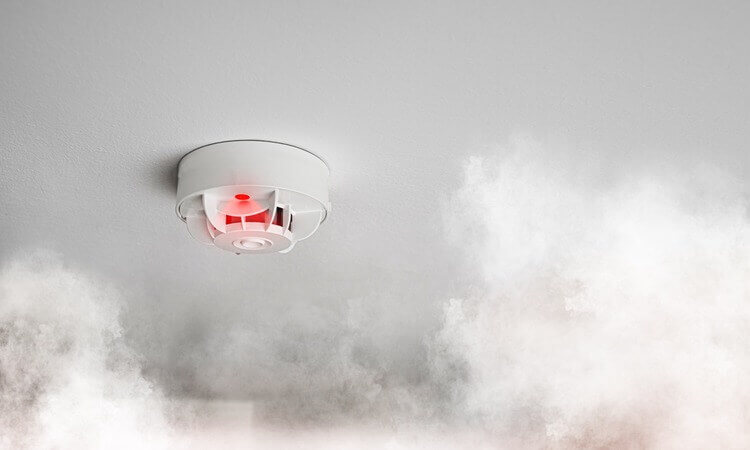 The 7 Best Wi-Fi Smoke Detectors For Homes