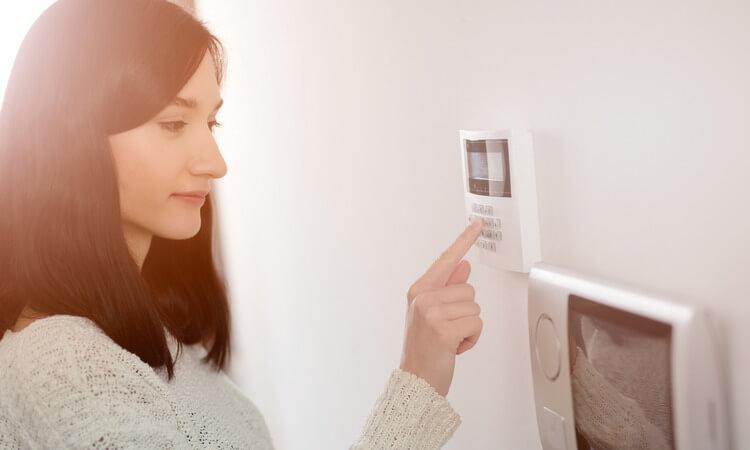 The 7 Best Wireless Door Alarms For Your Home