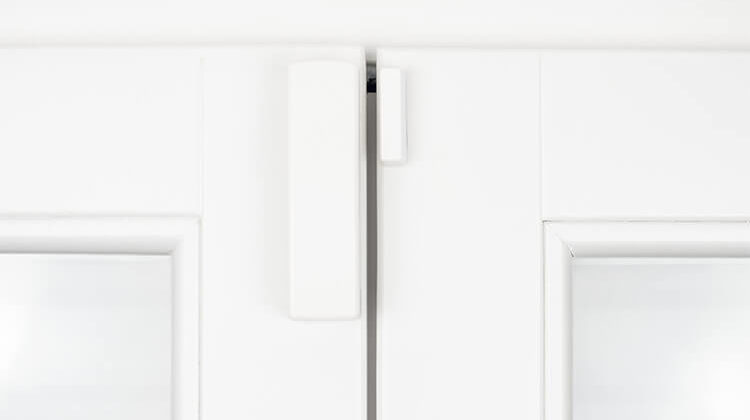 The 7 Best Wireless Door Chimes To Welcome Guests